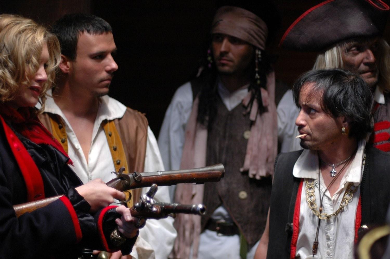 Pirati i otok s blagom