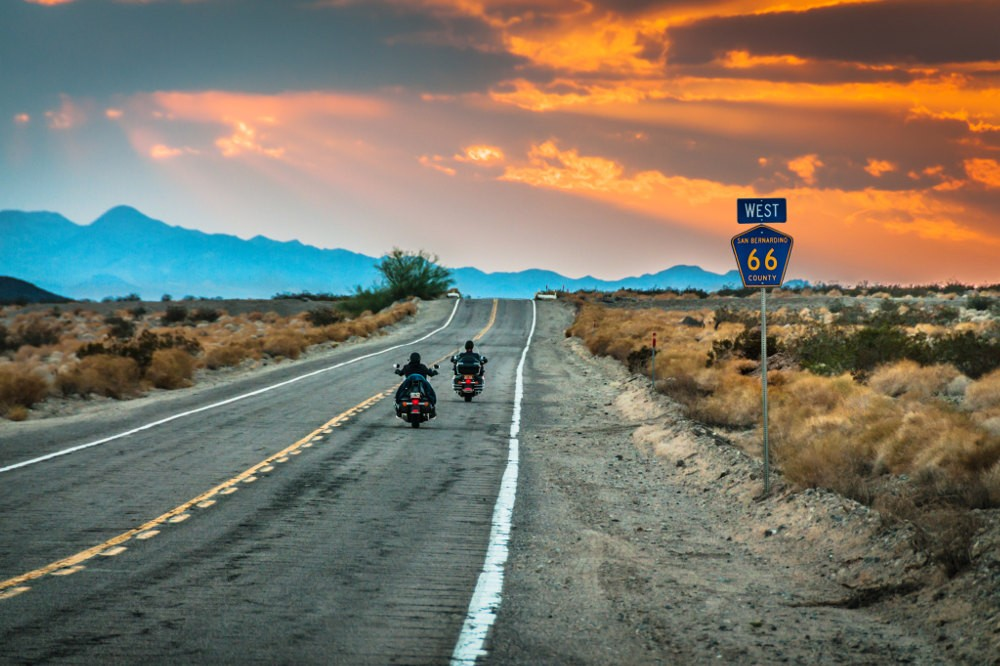 Route 66: Into the Heart of America