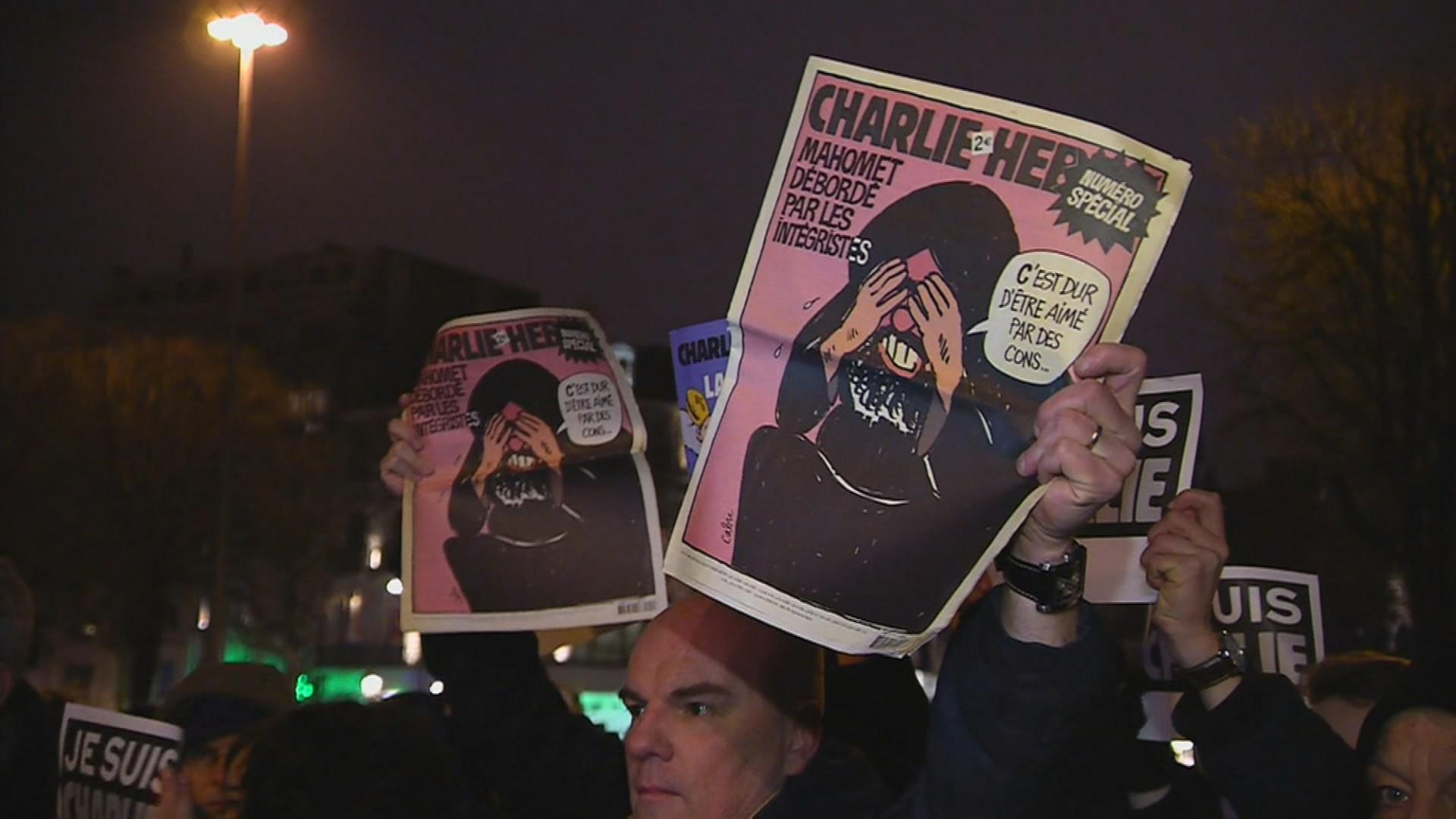 Charlie Hebdo, Pariz je napadnut